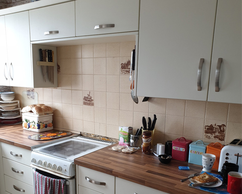 An image of a kitchen following kitchen refurbishment work from Transform Your Kitchen