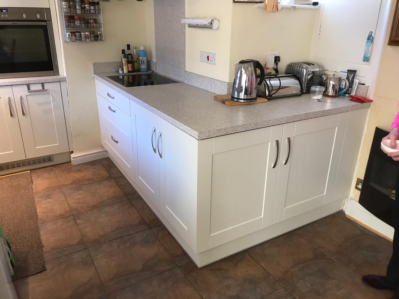 Painting Kitchen Cabinets in Caernarfon