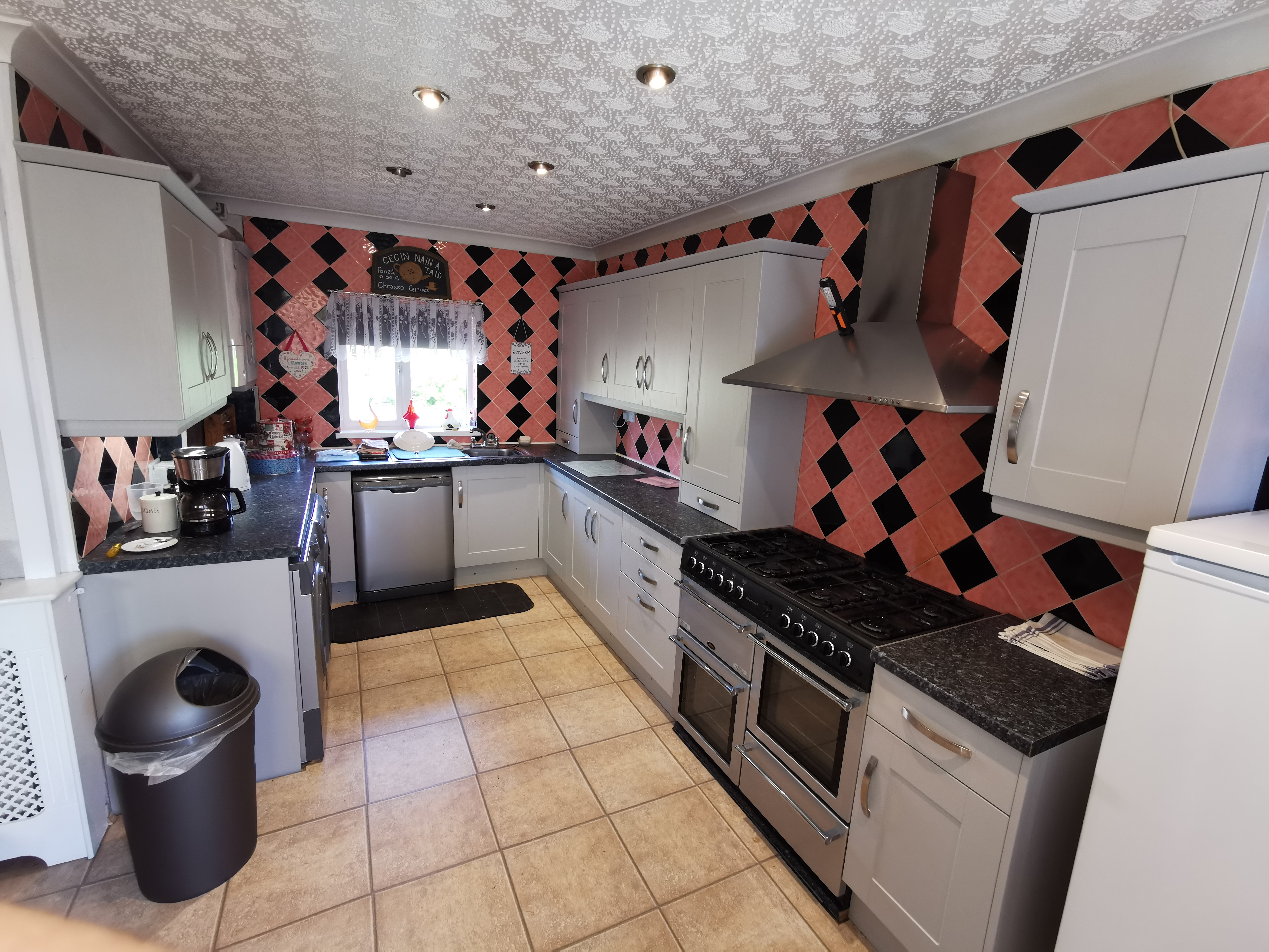 Kitchen Company in Mold